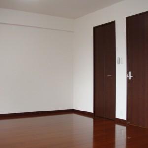 2F・洋室(12.5畳)②